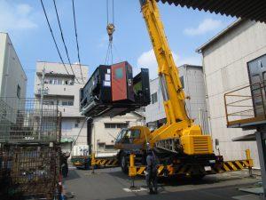 新規レーザー加工機搬入
